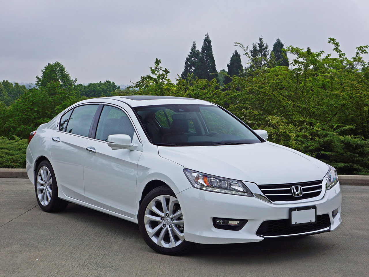 Honda Accord (Wide Body) Review